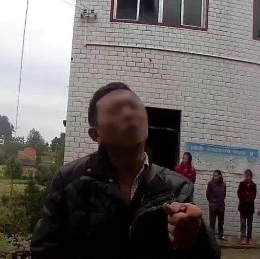 万州郭村有人贩毒?民警立即赶往现场,发现……