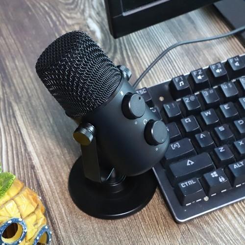 《【煜星平台注册网址】闪克麦克风声音颜值皆可, 游戏主播体验》