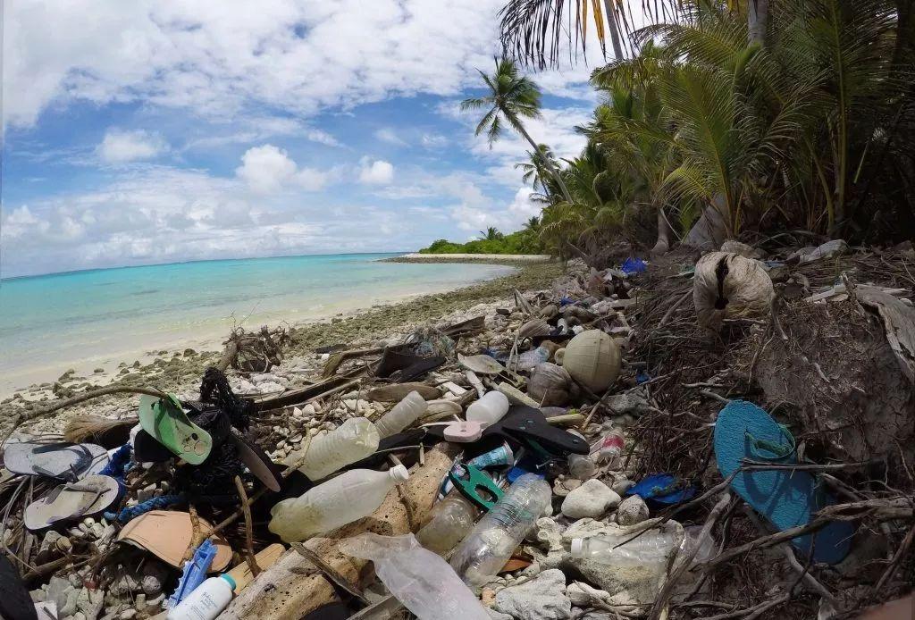 绝非危言耸听!我们的天空、海洋、岛屿,都已被塑料占据