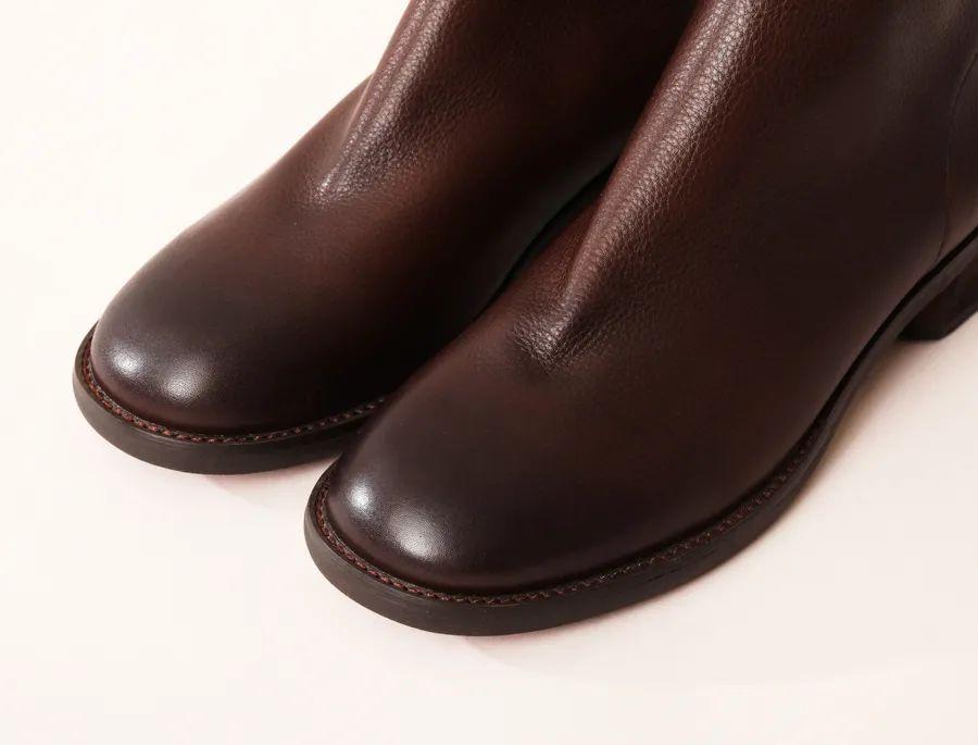 """""""让脚型变好看""""的真皮短靴,柔软轻巧,百搭时髦"""