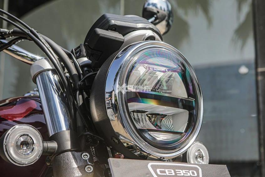 本田發佈復古摩托CB350 售價不足2萬元-圖4