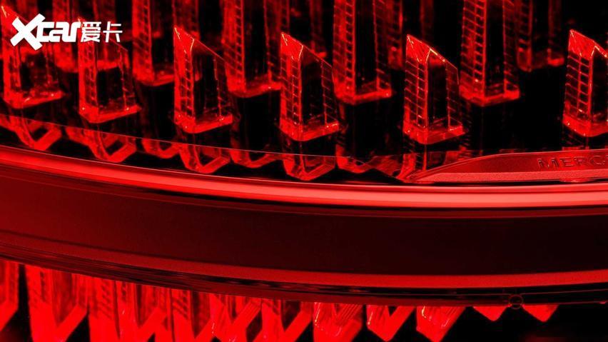 繼續V12發動機 全新一代邁巴赫S級11月全球首發-圖10