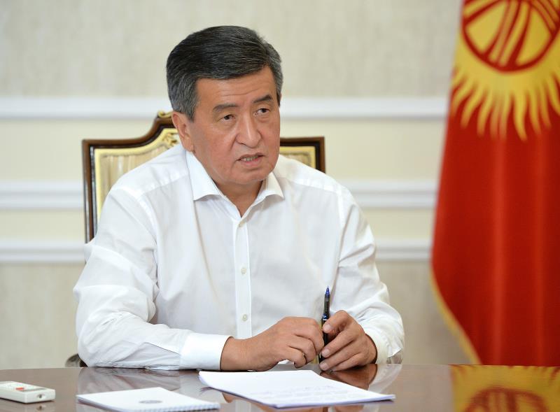 吉爾吉斯斯坦議會大選後爆發大規模騷亂, 示威者闖入總統府, 前總統被支持者釋放-圖3