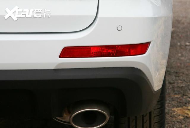 哈弗M6身形比例勻稱, 售價6.6萬元起, 車內空間較為實用-圖9