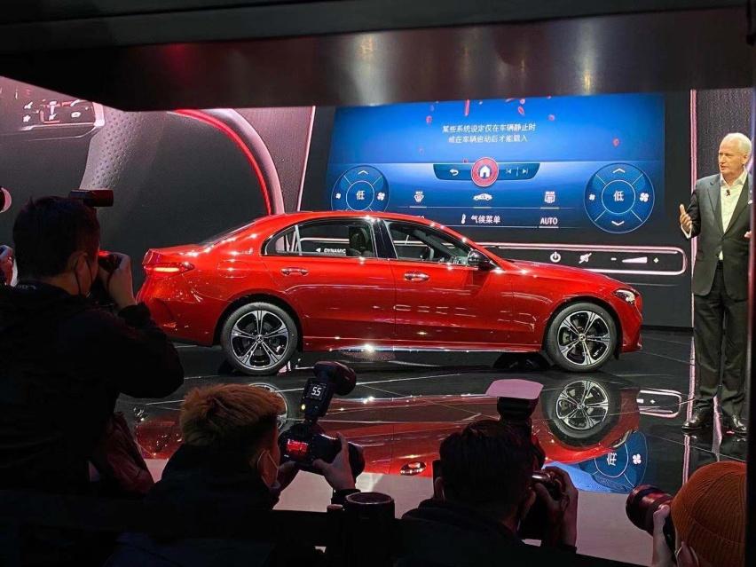 2021上海車展: 全新奔馳C級實車亮相/配得上小S的稱號-圖4