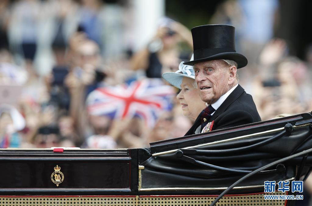 快訊! 英安德魯王子: 女王稱丈夫去世給她的生活留下瞭巨大空虛-圖2