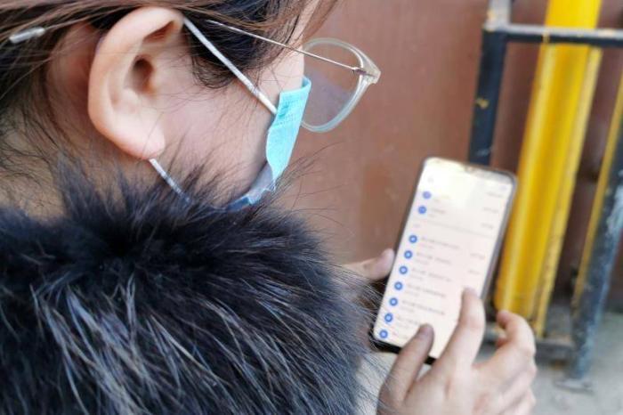 女子找兼职去陕西新丝路模特公司面试 不到两小时贷款支付4万多