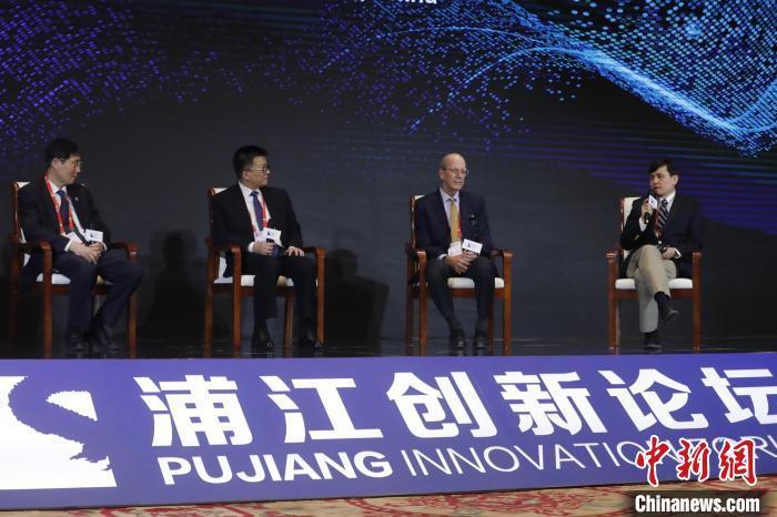 张文宏: 二次感染不值得讨论 当下最重要的是疫