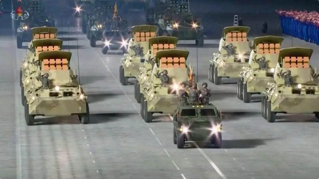 朝鮮凌晨閱兵, 新型洲際導彈受關註!-圖4