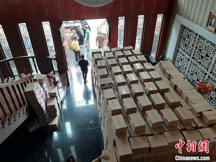 中國駐棉蘭總領館向印尼蘇北省穆斯林團體捐贈生活物資-圖3