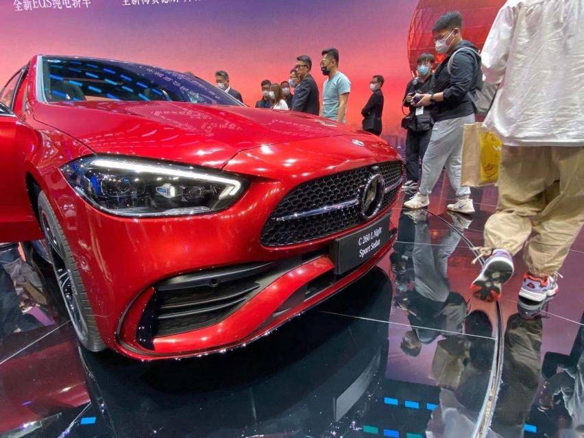 2021上海車展: 全新奔馳C級實車亮相/配得上小S的稱號-圖2