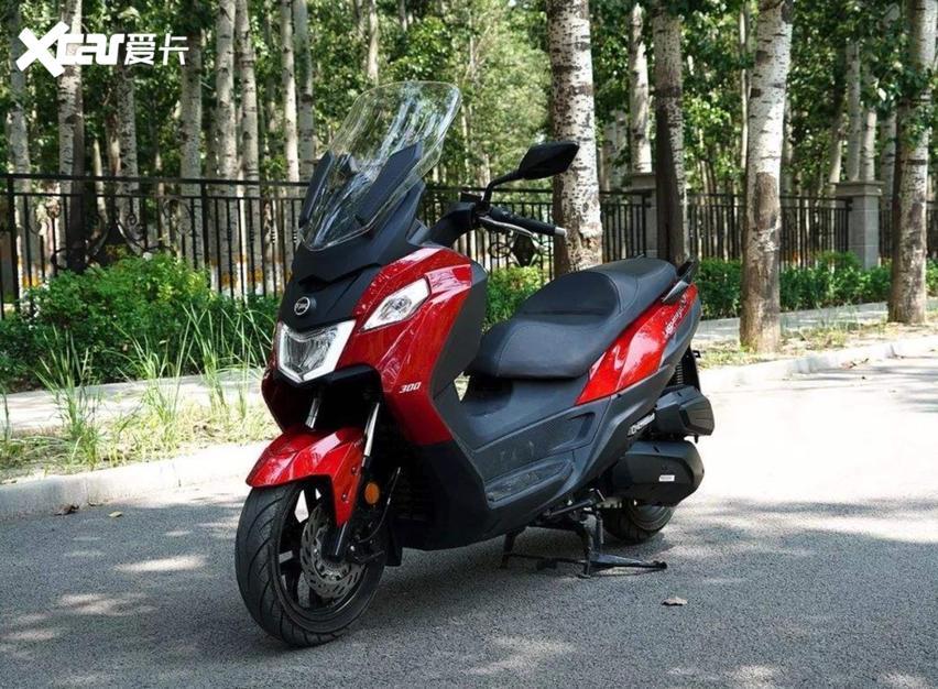 10款適合摩旅又兼顧傢用的大踏板摩托, 配置豐富性價比高-圖6