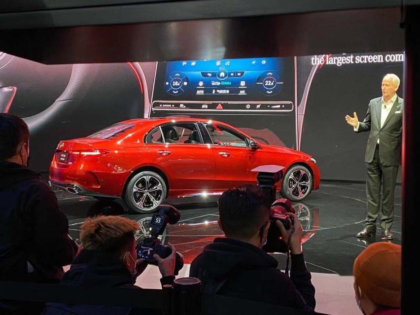 2021上海車展: 全新奔馳C級實車亮相/配得上小S的稱號-圖5