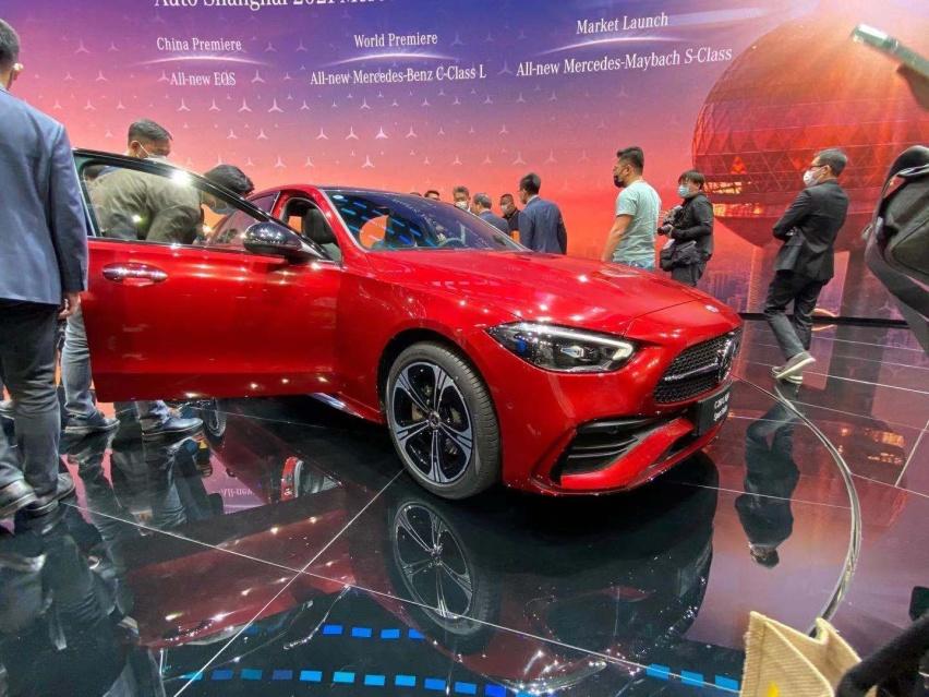 2021上海車展: 全新奔馳C級實車亮相/配得上小S的稱號-圖3