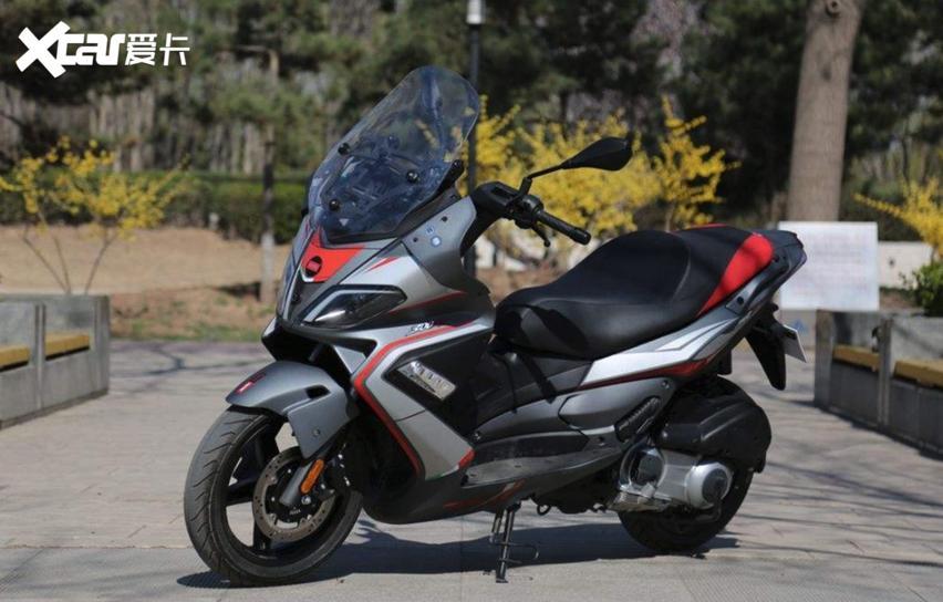 10款適合摩旅又兼顧傢用的大踏板摩托, 配置豐富性價比高-圖5