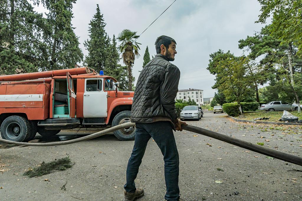 亞美尼亞稱阿塞拜疆炮擊馬爾圖尼鎮-圖9
